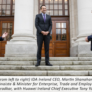 (From left to right) IDA Ireland CEO, Martin Shanahan, and Tánaiste & Minister for Enterprise, Trade and Employment, Leo Varadkar, with Huawei Ireland Chief Executive Tony Yangxu.